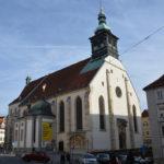 Der Grazer Dom und das Diözesanmuseum von außen
