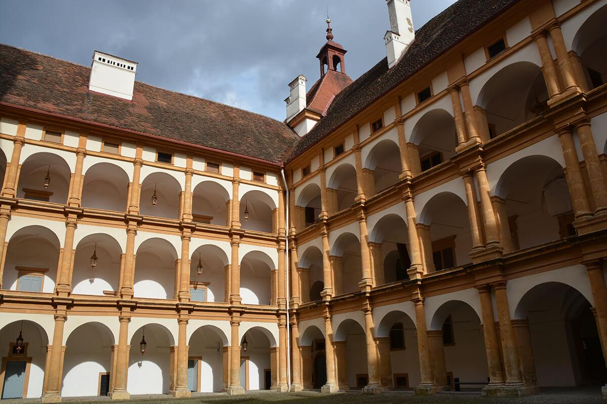 Innenhof des Schloss Eggenberg